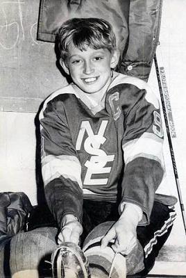 Wayne Douglas Gretzky with Nadrofsky Steelers