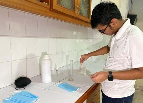 Nikhil Ramachandran Young Scientist Born In Father's Lab