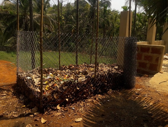 Brown Leaf - Collecting Dry Leaves and Composting