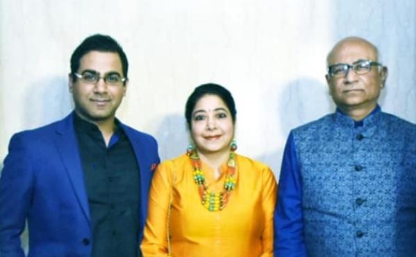 Sourav Kothari parents- Manoj Kothari and Neeta Kothari