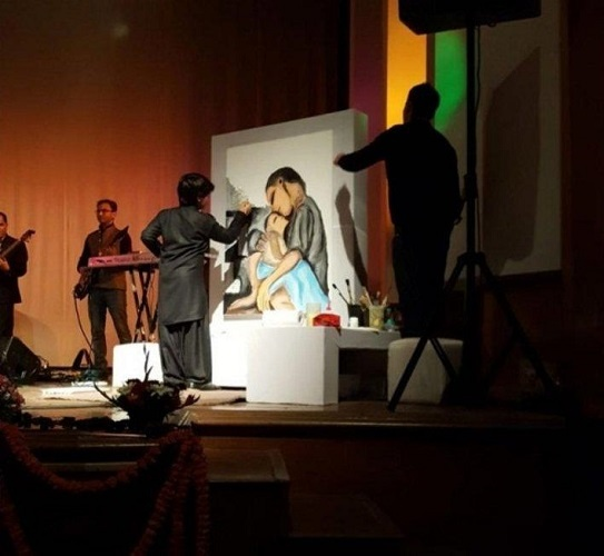 Aarav Verma first live show stood as a blockbuster and his painting was also auctioned