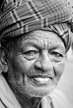 An oldie with skin and turban, both wrinkled, displays a decent smile on his lips and there you go, Saikiran tells what peace is all about