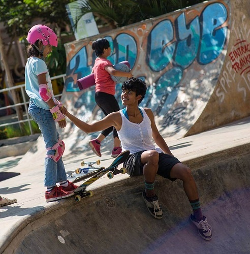 Atita didn't want to do the skateboarding just for fun. She thus started working with HolyStoked and organized skateboarding classes in Bangalore