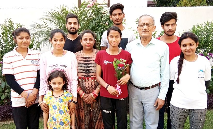 India's No.1 Sports Climber, Shivani Charak, the girl of mettle with Her Family