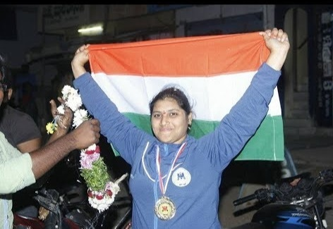 Chandrika Bollineni Strong Woman of Andhra Pradesh from the JNTU-K five times including the Strong Woman of South India title in 2019