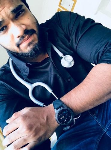 Dr Malhar Deshmukh
