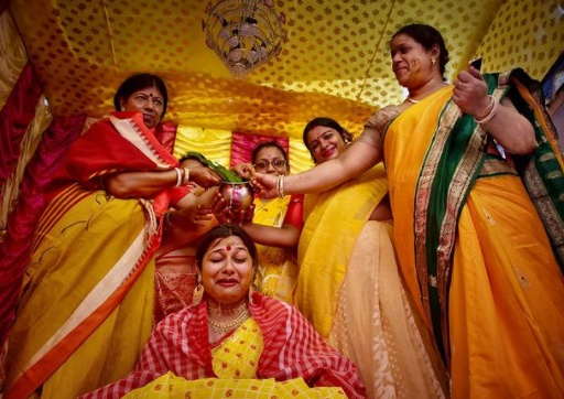 From Mobile-Phone Photography To Wedding Photography