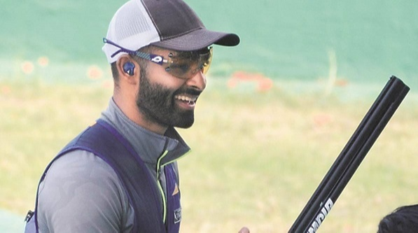 At the 2021 ISSF World Cup held in New Delhi, Bajwa won the Gold medal in Men's Skeet Team Event