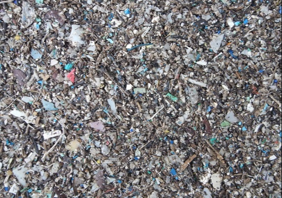 According to reports, clothing manufacturing generates over half a million tonnes of microfibre pollution
