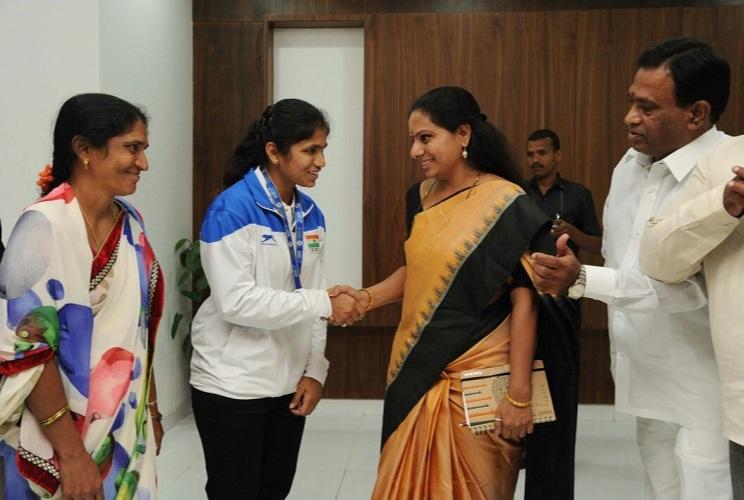 Kavitha Kalvakuntla on Twitter Congratulated weightlifter Erra Deekshita of Telangana for winning Gold medal in junior Commonwealth Games