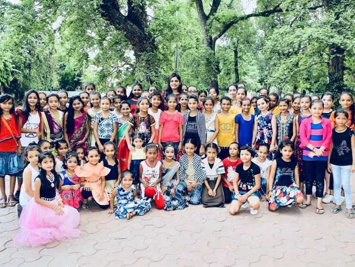 Meet the young woman from Vadodara who is funding the education of girls for a decade now